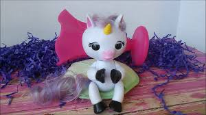WowWee Fingerlings Gigi The Baby Unicorn