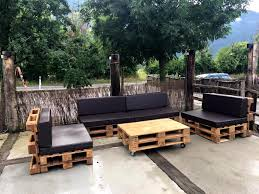 DIY Pallet Outdoor Sofa Ideas