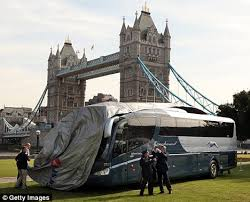Do Greyhound Australia Buses Have Toilets by Iconic Greyhound Buses To Begin Uk Services In Challenge To