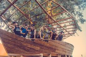 100 Tree House Studio Wood COACHELLA 2015 TREE HOUSE HUNTER LEGGITT STUDIO