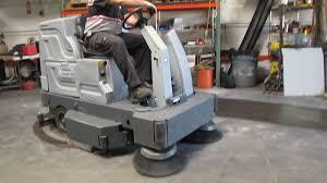 advance hydro retriever 40 ride on electric floor scrubber 36v