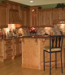 Kitchen Backsplash Pictures With Oak Cabinets by Oak Cabinets And Granite Kitchens Pinterest Granite