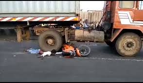 Truck And Bike Accident In Allahababd - समाचार नामा Amazoncom Heinger Automotive 2025 Advantage Sportsrack Bedrack Apex Truck Bed Bike Rack 4 Discount Ramps Heavy Duty 2 Bicycle 125 Hitch Mount Carrier Platform New Truck Best Method To Carry Bike Mtbrcom Saris Kool How The York Path Terror Attack Unfolded Ny Daily News Truckbed Pvc 9 Steps With Pictures 4bike Inside By On Sale Until Friday Four Fatal Truckbike Crash Cases Helped Bring About Lifesaving Surly Ice Cream Adventure 26 Wheel Ebay