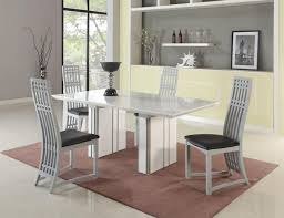 White High Gloss Extendable Dining Table With Black Seats Chair