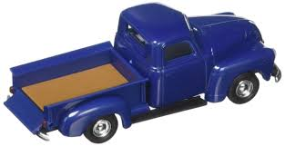 Amazon.com: Busch 48284 Chevy Pick Up '50 Blue HO Scale Model Truck ...