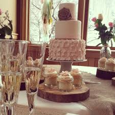 Rustic Elegance Wedding Cake Cupcakes