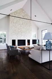 elegantes wohnzimmer mit dunklem bild kaufen 13210972