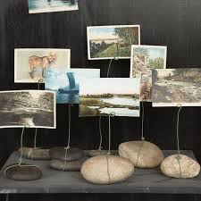 DIY River Rock Wire Place Cards Display Photos And Postcards