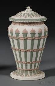 Van Briggle Lamp Value by 866 Best Pottery U0026 Porcelain Art Images On Pinterest Clay Houses