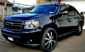 2009 Chevy Avalanche Custom With 26