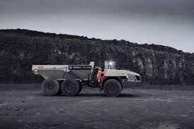 100 Largest Trucks Terex The TA400 The Largest Articulated Haule LECTURA Press
