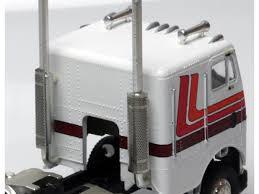 100 Semi Truck Exhaust Masterbilt Models 187 HO Scale Heat Shields Round Holes