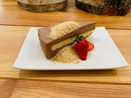luca s immenstadt bananen nutella torte mit kekskrümel