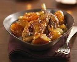 cuisine pintade cocotte recette cocotte de pintade aux abricots secs et miel