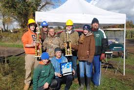 Clarence Pumpkin Farm Trebuchet by Pioneer Catapults To The Top Trebuchet Team Sweeps The