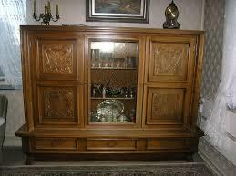 wohnzimmerschrank vitrine anrichte schrank 60er antik wohnzimmer