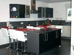 cuisine en u avec table table cuisine amovible support de table escamotable table haute