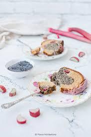 mohn eierlikörkuchen mit rhabarber