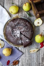 schokoladen kuchen mit fruchtigen birnen fräulein meer backt