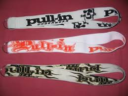 porte clef pull in