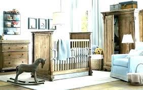 chambre bébé bois naturel lit bebe en bois massif lit bebe capitonne lit bebe bois brut