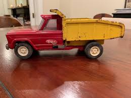 VINTAGE LARGE METAL Tonka Toy
