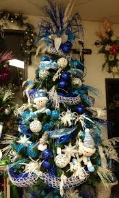 Whoville Christmas Tree by 826 Best Christmas Trees Images On Pinterest Merry Christmas