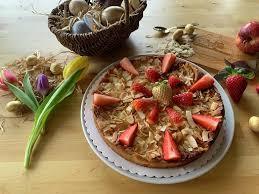 ostern apfelkuchen mit erdbeeren