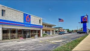 Motel 6 Chicago West - Villa Park Hotel In Villa Park IL ($53+ ... Chicago Illinois Aug 25 2016 Semi Trucks Stock Photo Edit Now Is It Better To Back In A Parking Space Howstuffworks Motel 6 West Villa Park Hotel In Il 53 No Injuries Hammond Brinks Truck Robbery Cbs Florida Man Spends 200k For Right His Own Driveway Fox Storage Mcdonough Ga For Rent Atlanta Cs Fleet Apas Secured Rates Permits Vehicle Stickers Ward 49 Why Send A Firetruck To Do An Ambulances Job Ncpr News