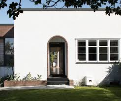 100 Modern Stucco House How The Extension Of This 1930s Duplex State House Retained