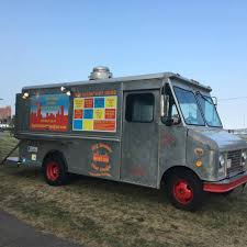 Big Daddy Hot Dogs - Boston Food Trucks - Roaming Hunger