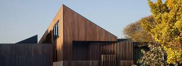 100 Coy Yiontis Architects Coy Yiontis Architects Design Humble House For Traveling Couple