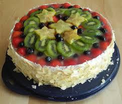 hohe obst pudding torte kuchenkrümel
