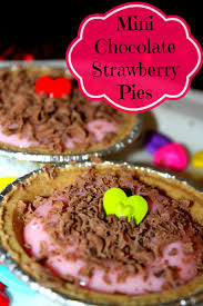 Mini Chocolate Strawberry Pies