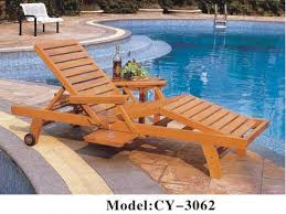 Wooden Brown Pool Chair Size 1900x650x320 Mm
