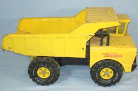 All Metal Tonka Dump Truck W/pneumatic Bed. This Ting Was So Tough I ...