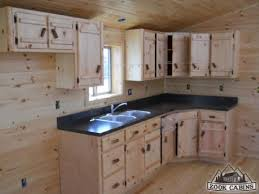 Rustic Log Cabin Kitchen Ideas by Best 20 Small Cabin Kitchens Ideas On Pinterest Rustic Cabin
