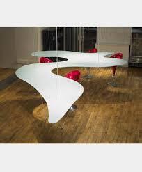 les tables à manger et table basses révolutionnent votre intérieur