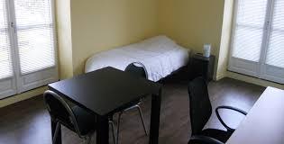 chambre etudiante chambres équipées pour étudiant résidence perrault un cadre idéal