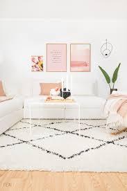 make up und pastell töne im wohnzimmer fein und