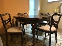 antikes esszimmermöbel tisch mit 5 stühlen