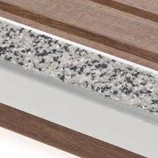 antidérapant terrasse bois nez de marche escalier escalier