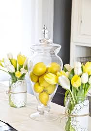 39 Astonishing Spring Kitchen Decor Ideas Surprising With Glass Jars