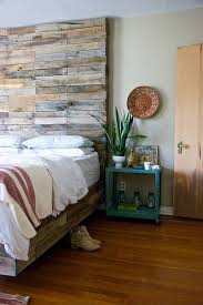 Bedrooms Custom Pallet Wood Bed With A Gorgeous Headboard 30