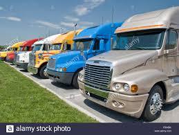 100 Cheap Semi Trucks For Sale New Stock Photo 89257943 Alamy