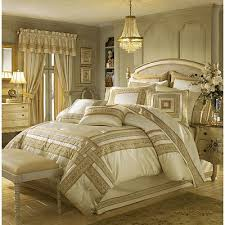 Luxury Bedding Sets at Home and Interior Design Ideas