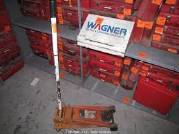 Northern Tool 3 Ton Floor Jack by West Auctions Auction Machine Shop Tools And Equipment Item