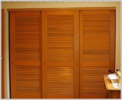 Covering Your Closets with Louvered Closet Doors