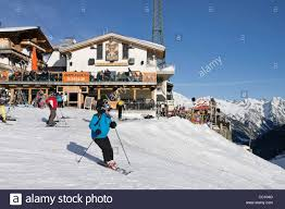 Apres Ski Bar Stock Photos & Apres Ski Bar Stock Images - Alamy Ischgl Vs St Anton Worlds Best Aprsski Bars Travel Leisure Bar Hennu Stall Zermatt Switzerland The Top 10 Dos And Donts Of Aprs Ski Freeskiercom Overview Of Huts Restaurants Apres Ski Bars At Sll 30 Hottest Spots In North America Motremblant Apres Austria Stock Photos Images Apres Ski Party Ideas Google Search Event Pinterest In New York Make It Happen Lodge