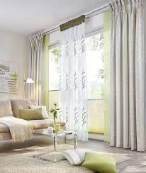 vorhänge in natürlichen farben im wohnzimmer gardinen